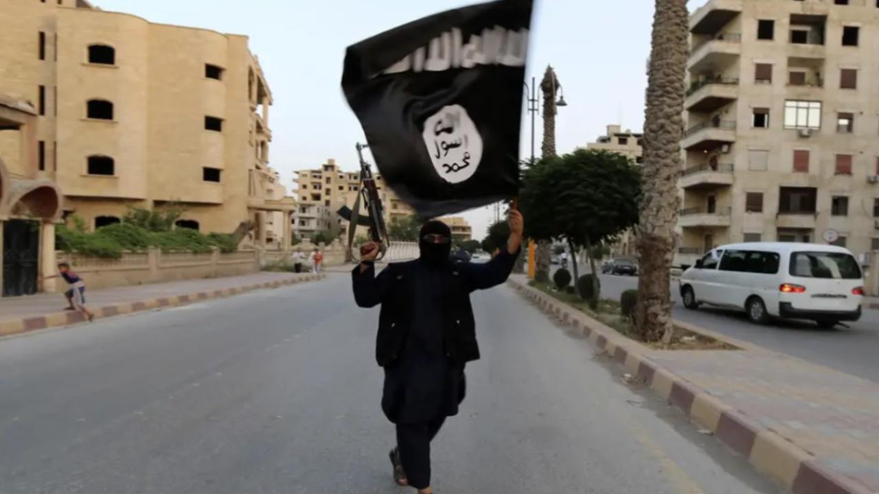 Photo of بعد سقوطه في العراق وسوريا.. وثائق تكشف خطة داعش لإعادة إنعاشه