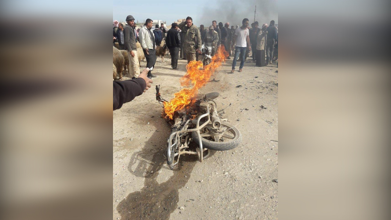 Photo of انفجار دارجة نارية في بلدة قبّاسين التابعة لمدينة الباب