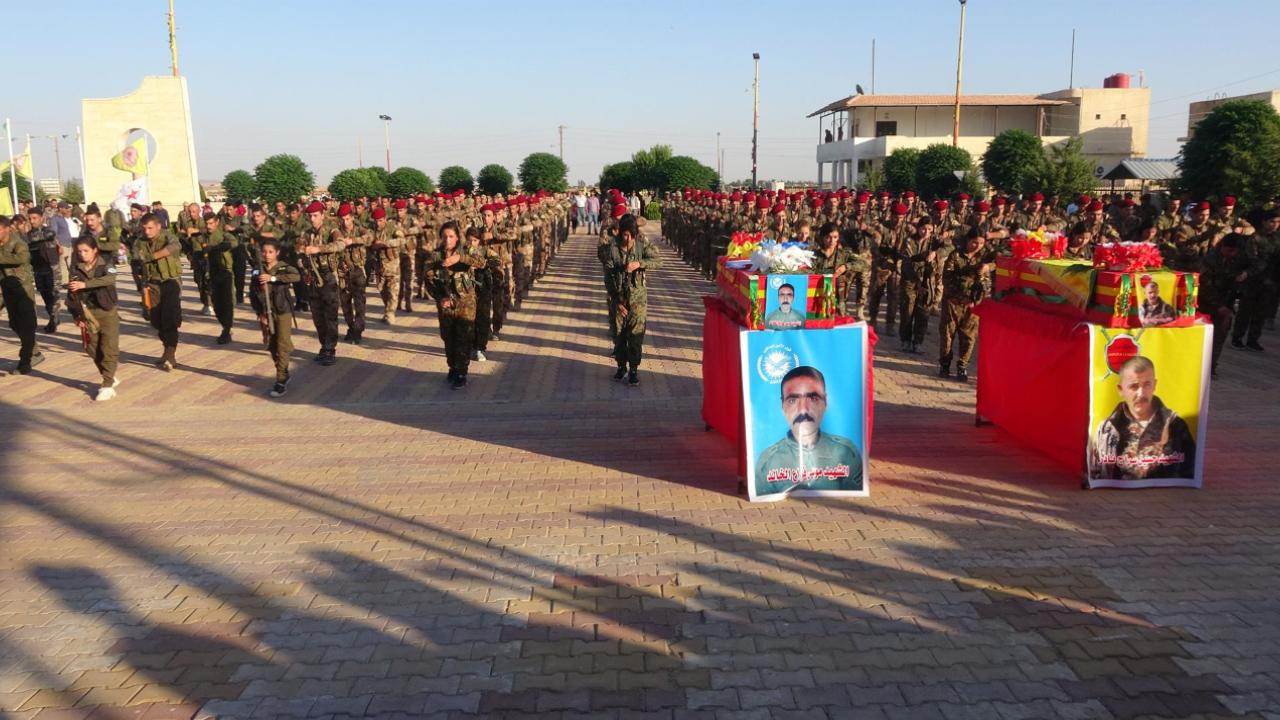 Photo of الحسكة تودع شهيدين من الانضباط العسكري والأمن الداخلي