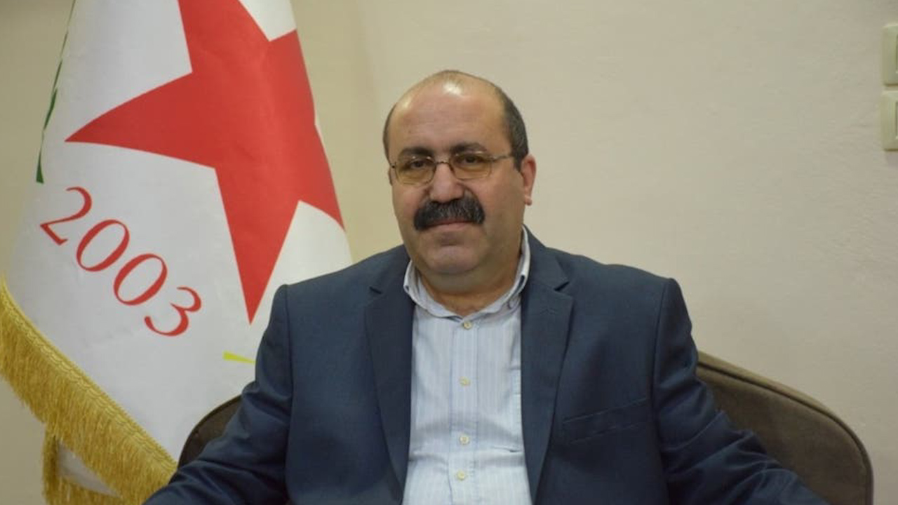 Photo of شاهوز حسن: لا يمكن الحديث عن نجاح المحادثات بدون مشاركة الإدارة الذاتية في العملية السياسية