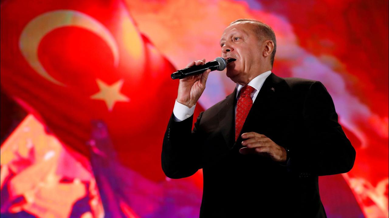 Photo of الغارديان البريطانية: أردوغان يسير في طريقه المحتوم نحو الخراب … فهل سيُسقط تركيا معه