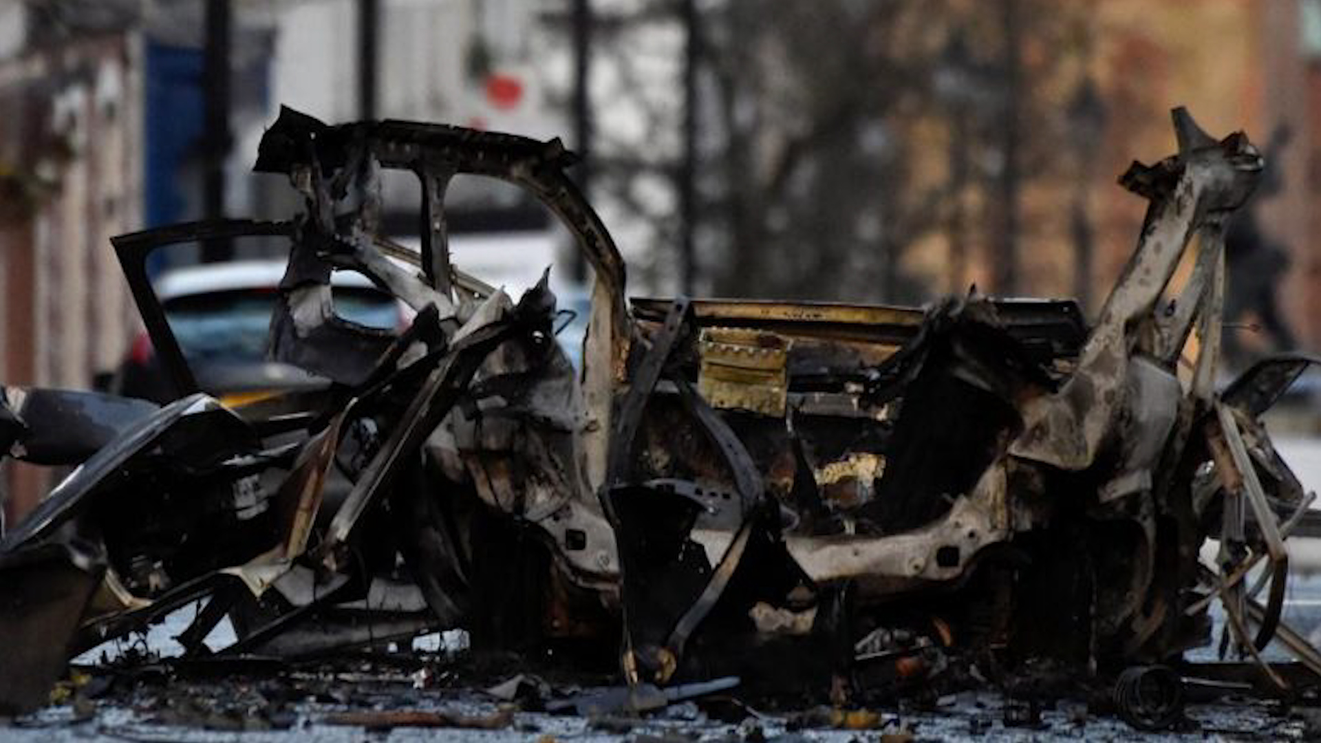 Photo of انفجار سيارة مفخخة أمام أحد مقرات مرتزقة الاحتلال التركي في الباب