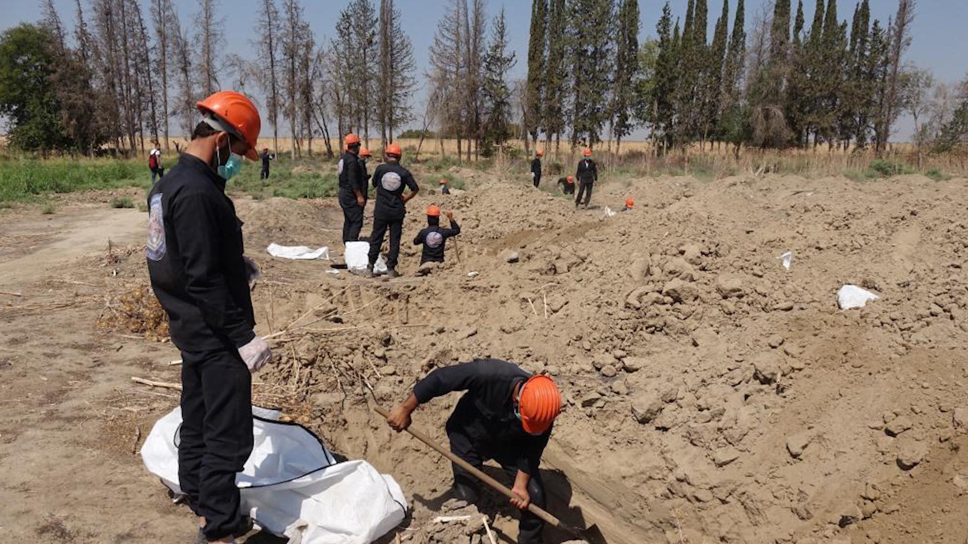 Photo of انتشال أكثر من 5 آلاف جثة منذ تحرير مدينة الرقة