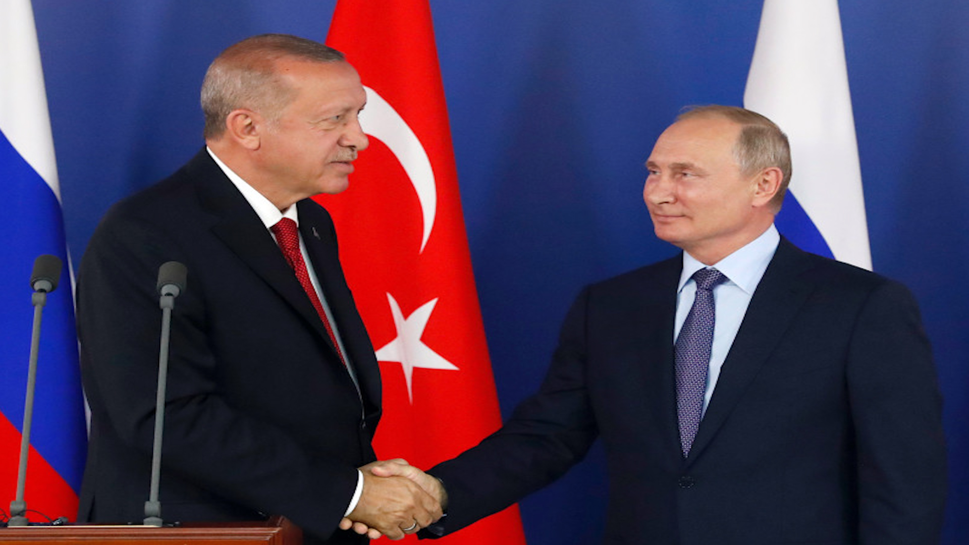 Photo of فورين بوليسي: بوتين تلاعب بأردوغان في صفقة الأسلحة الروسية والملف السوري