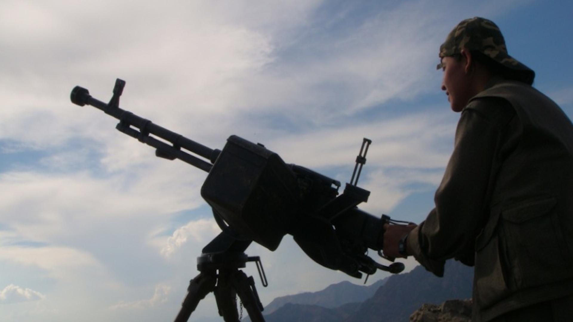 "Photo of قوّات الدفاع الشعبي: إعطاب مروحيّة قتاليّة للاحتلال التركي في ناحية ""خاكورك"" جنوب كردستان"