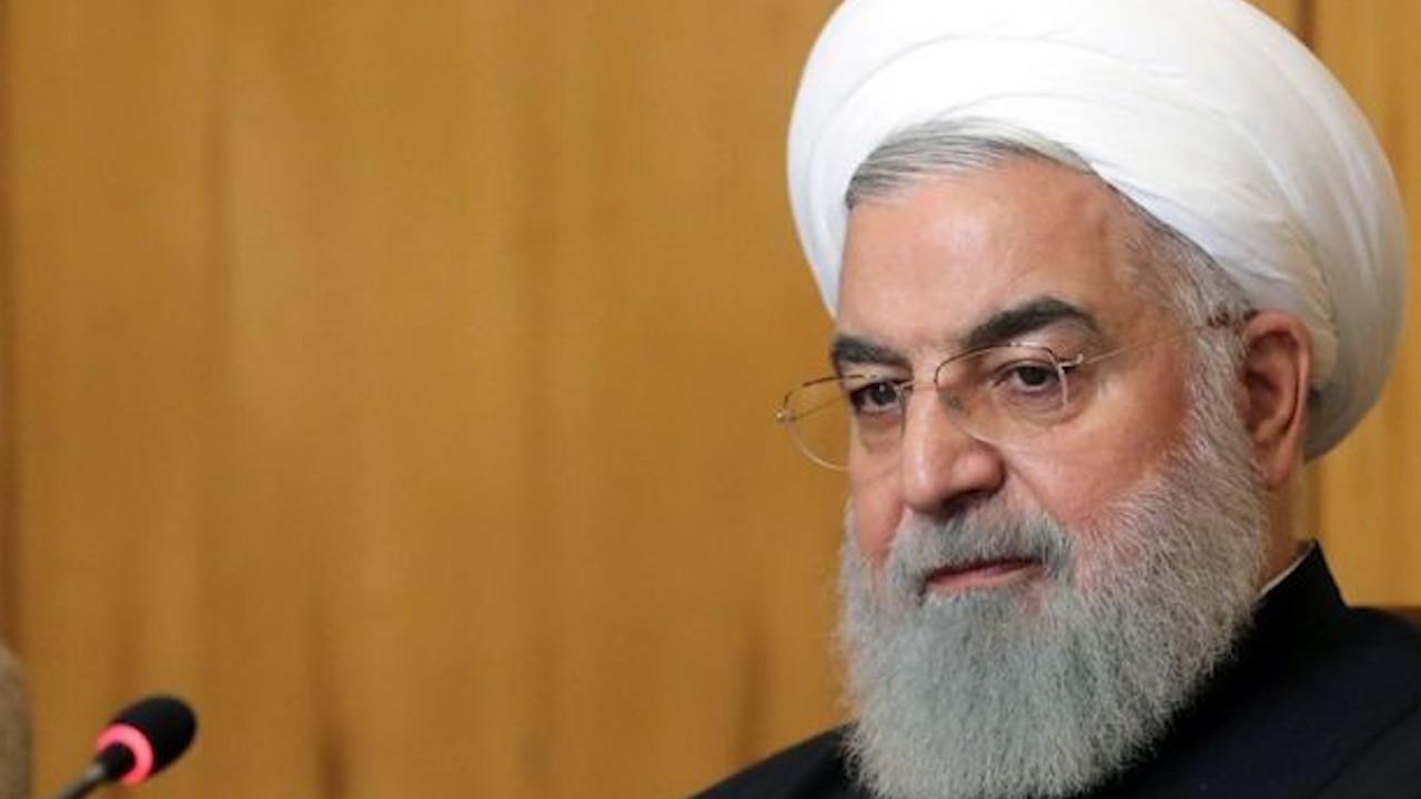 Photo of روحاني: العملية التركية لم تحقق أي نتيجة بل تسببت بمزيد من القتلى واللاجئين