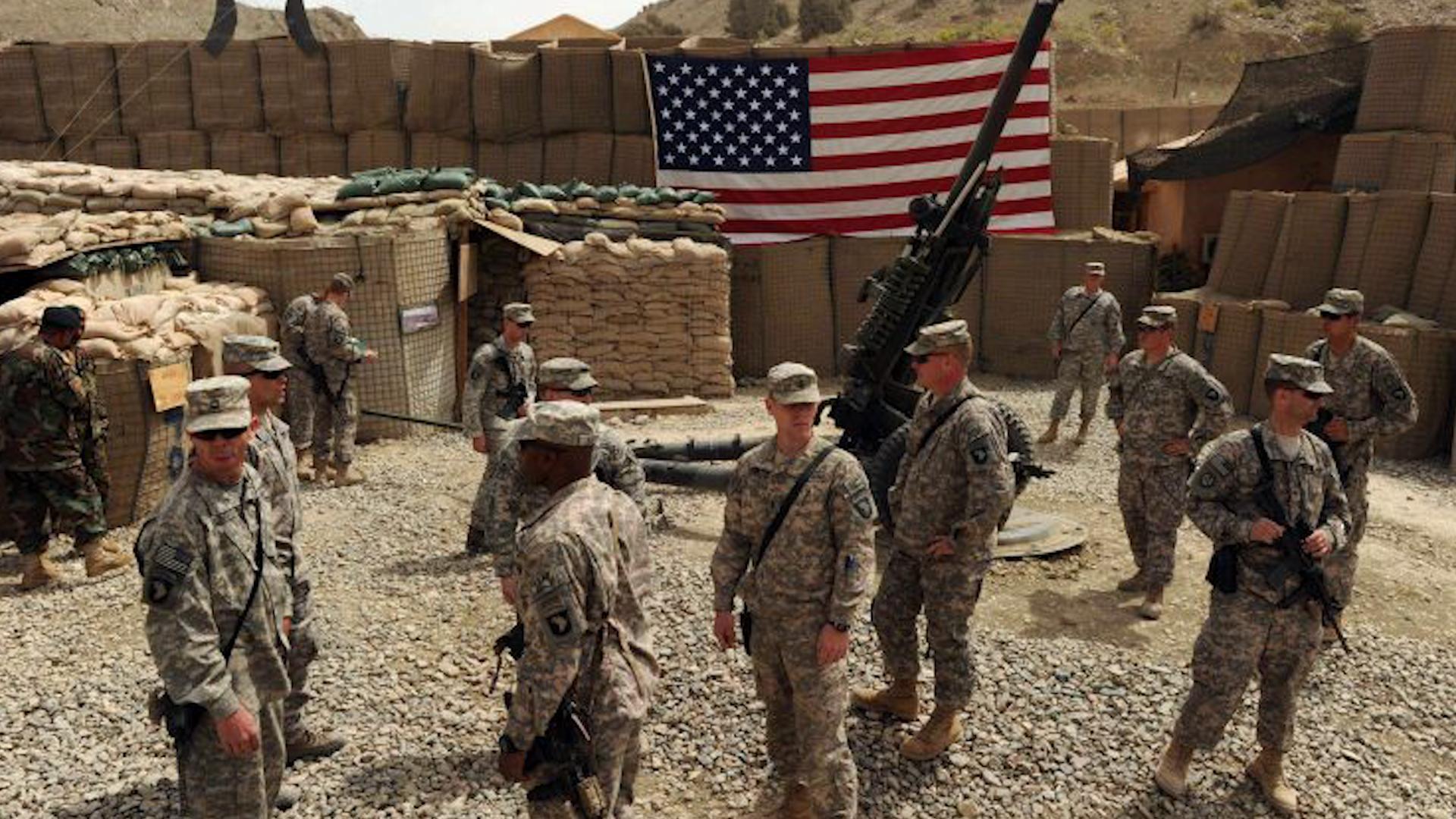 Photo of القوات الأمريكية تعود إلى قواعد في شمال سوريا بعد انسحابها