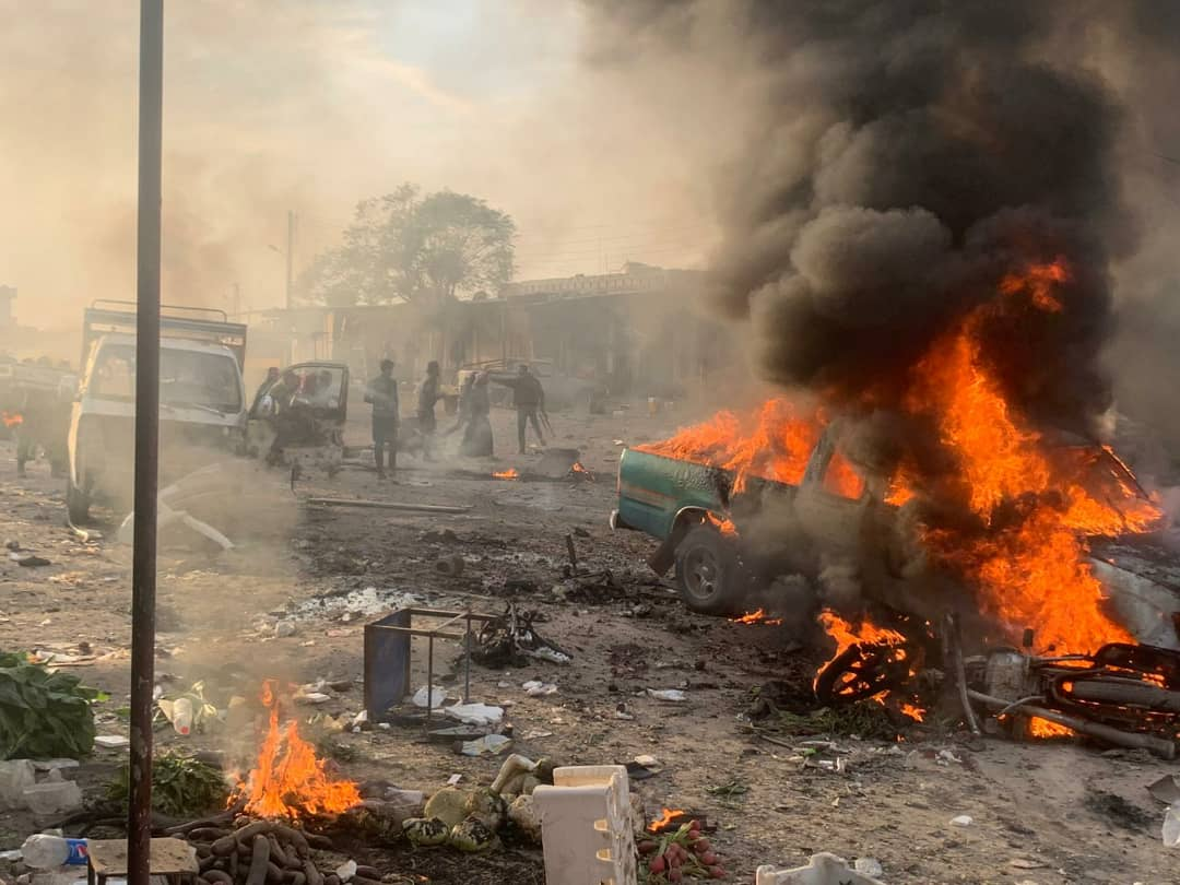 Photo of مقتل 16 وجرح 30 بانفجار سيارة مفخخة في بلدة تل حلف غربي سري كانيه