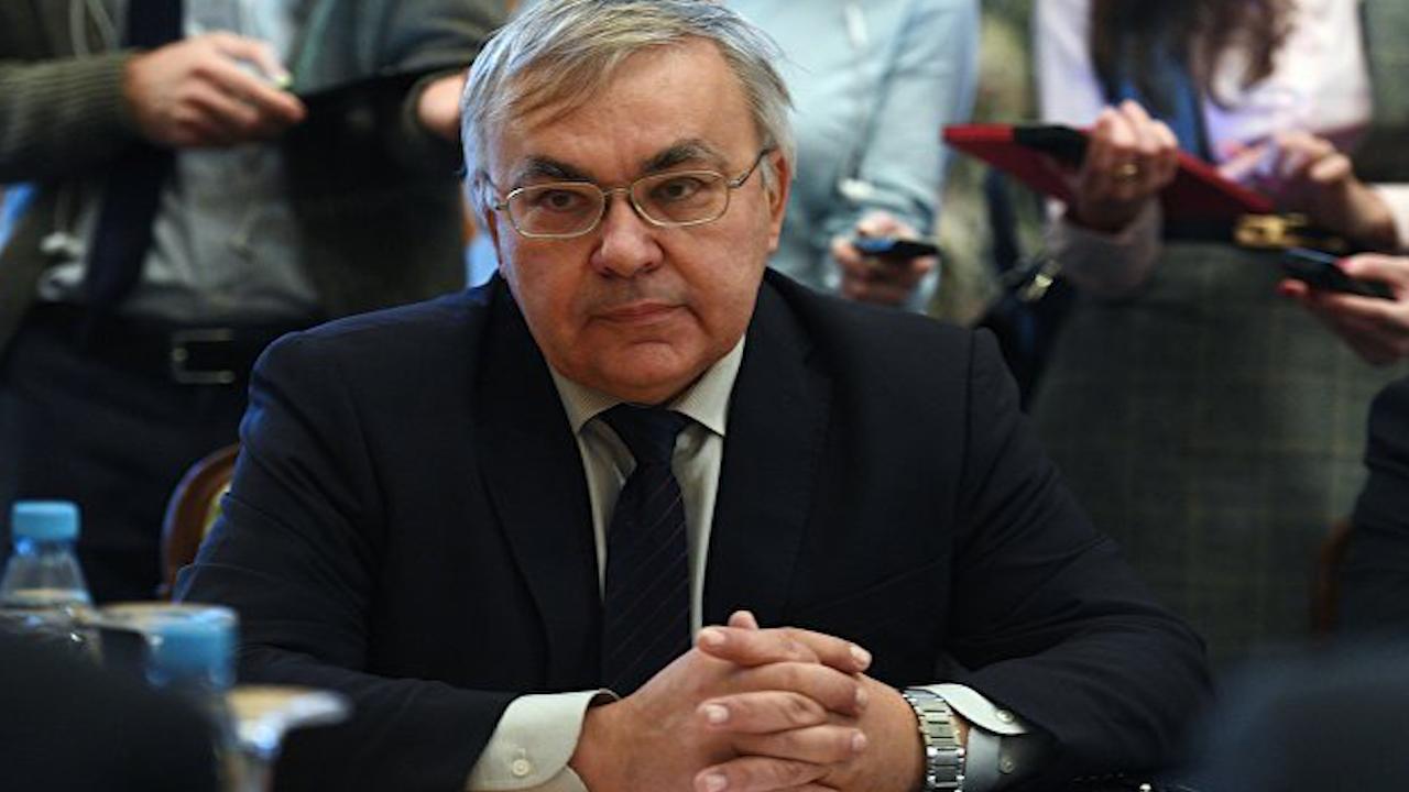 Photo of روسيا مستعدة لتسهيل عقد مفاوضات حول انضمام قسد إلى جيش النظام