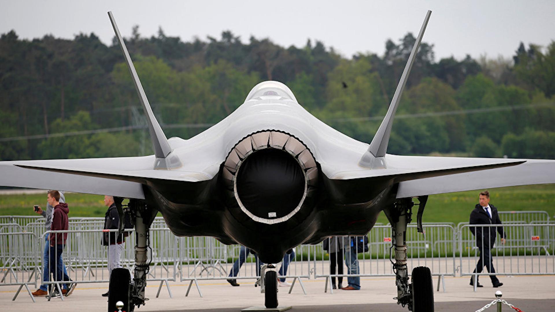 Photo of الكونغرس يوافق على ميزانية تحظر بيع طائرات إف – 35 إلى تركيا
