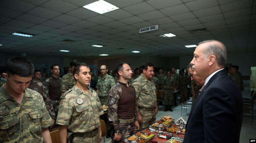 Photo of الاستخبارات التركية ترسل 460 مرتزقاً إلى ليبيا.. وتجهز 400 آخرين