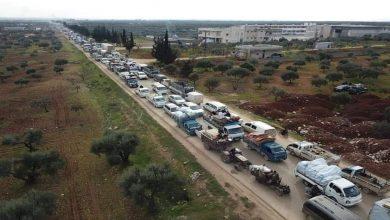 Photo of جيفري: 700 ألف سوري نزحوا عن إدلب وسط ضربات جوية مكثفة