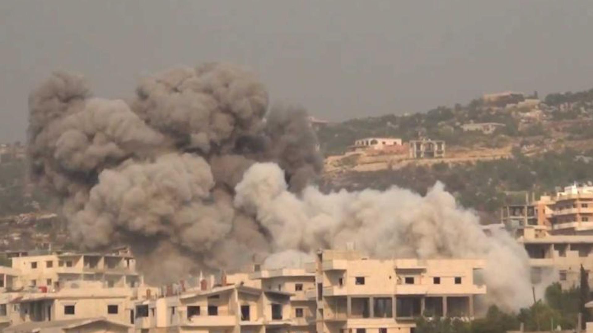 Photo of نحو 240 ضربة جوية وبرية على مناطق متفرقة من أرياف إدلب واللاذقية