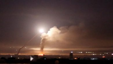Photo of إسرائيل تستهدف بـ 5 غارات مخازن أسلحة في محيط دمشق