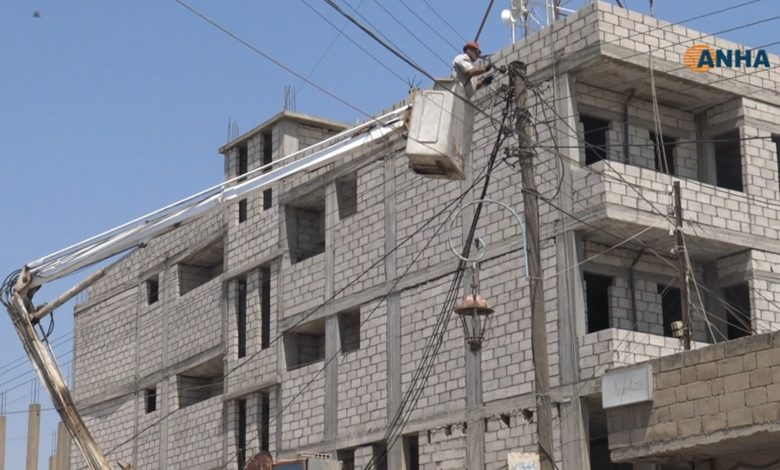 Photo of أهالي عامودا يعانون من انقطاع الكهرباء منذ أكثر من 10 أيام نتيجة عطل المولدات