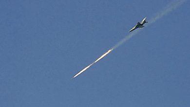 """Photo of طائرات حربية تطلق صواريخ """"جو جو"""" في أجواء ريفي حلب الشمالي والغربي"""