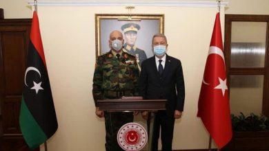 صورة رئيس أركان الوفاق يلتقي وزير الدفاع ورئيس الأركان التركيين