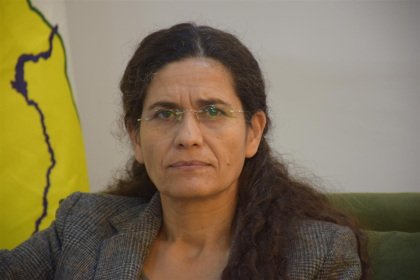 Photo of ILHAM EHMED:  HEWLDANÊN HÊZÊN DERVE YÊN JI BO DANÎNA DESTÛREKE NÛ JI SÛRIYÊ RE TÊK ÇÛYE