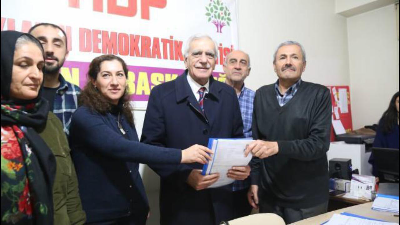 Photo of AHMET TURK BÛ BERNAMZETÊ ŞAREDARIYA MEZIN Ê MÊRDÎNÊ