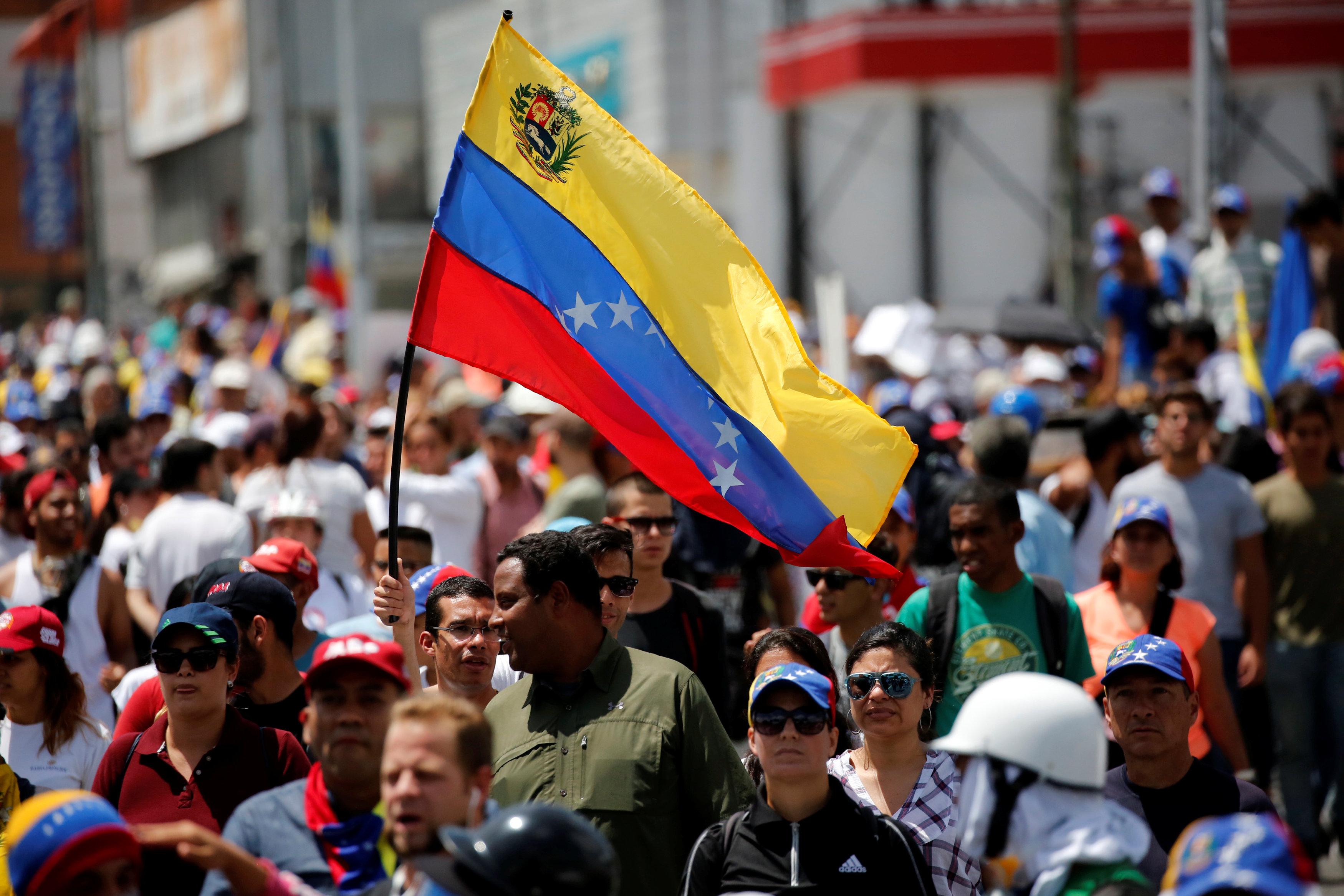 Photo of LI VENEZUELAYÊ  KEHREBE JI 4 ROJAN DE LI SER WELÊT QUTKIRÎ YE