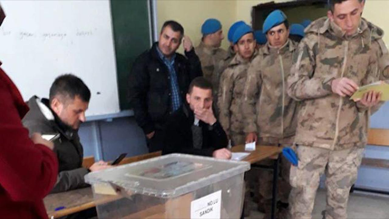 Photo of AKP'Ê LI ŞIRNEXÊ BI DENGÊN LEŞKER Û POLÎSAN BI SER KET