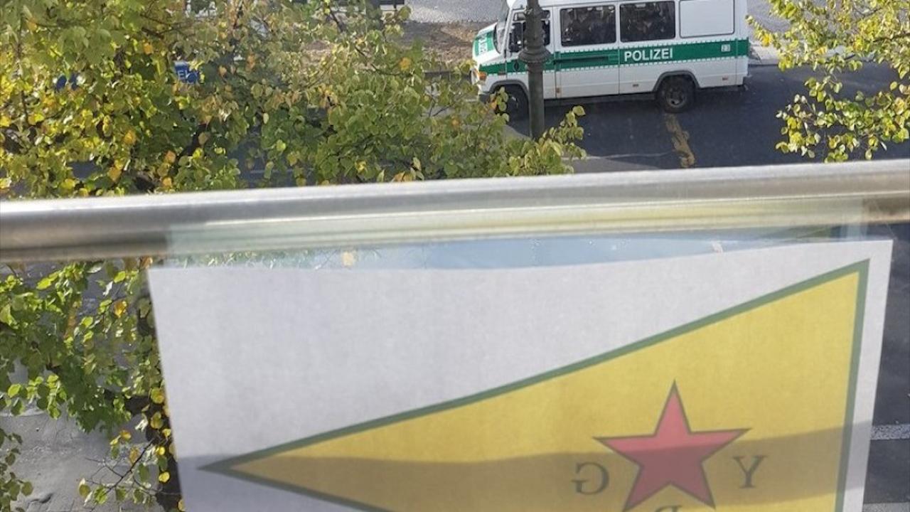 Photo of JI BER RAKIRINA ALAYÊN YPG'Ê JI SER OFÎSA WÎ, SERÎ LI DADGEHA DESTÛRA BINGEHÎN A FEDRAL DA