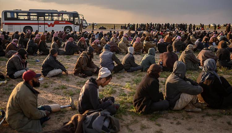 Photo of Rojnameya Sun DAIŞ hewdana derxistina bi hezaran çeteyên xwe ji girtîgehên Sûriyê û Iraqê dike