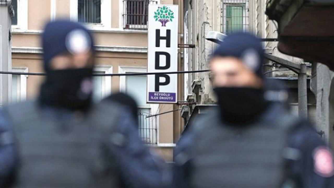 Photo of Polîsên AKP'ê li Mmêrdîn, Amed û Dêrsimê gelek HDP'î binçav kirin