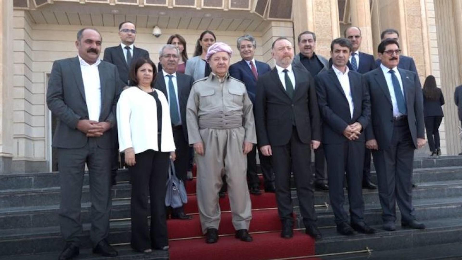Photo of ŞANDEYEK JI HDP'Ê Û KCD'Ê HEVDÎTIN BI SEROKÊ GIŞTÎ YÊ PDK'Ê MESÛD BARZANÎ RE PÊK ANÎN