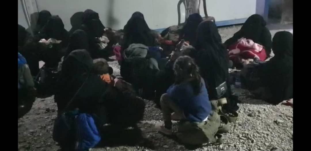Photo of Jinên DAIŞ'î yên di kampa Holê de hewldan birevin
