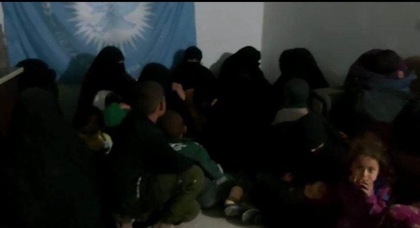 Photo of 46 jinên DAŞ'î dema ku hewldan li kampa Holê birevin hatin girtin
