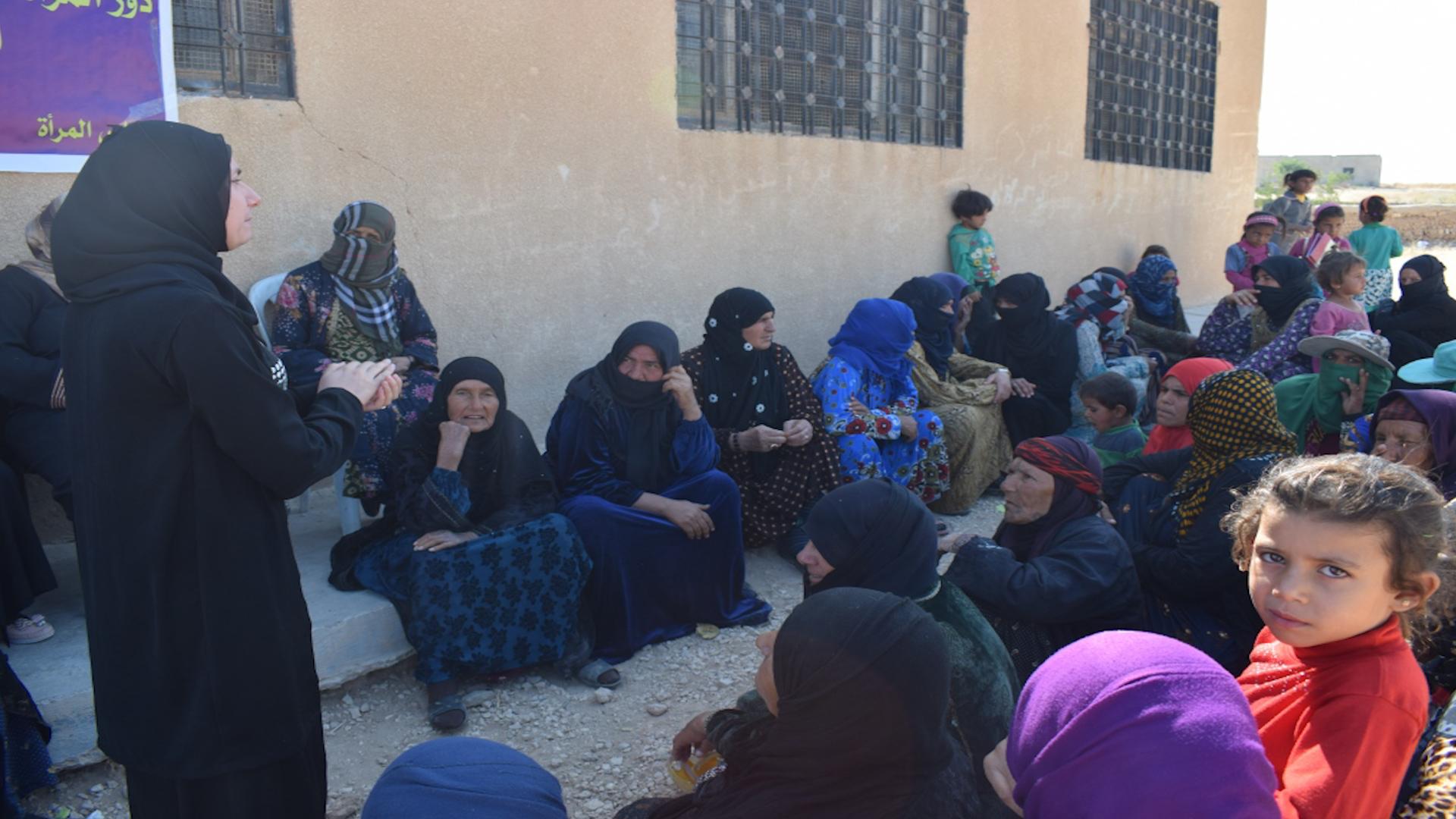 Photo of Meclisa jinan a Sûriyê ji jinên Minbicê re heya niha 42 civîn li dar xistine