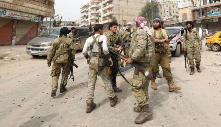 """Photo of Ciwanên Efrînê bi darê zorê tevlî """"polîsên leşkerî"""" dikin"""