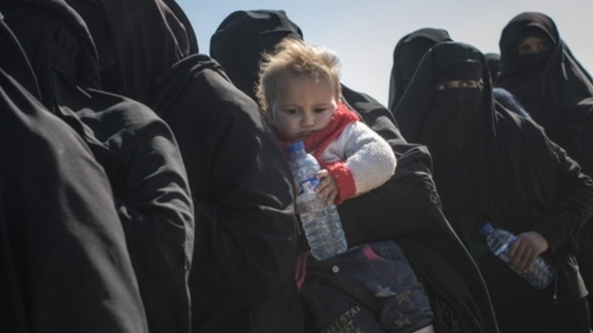 Photo of Rûsyayê bi dehan zarokên çeteyan wergirt