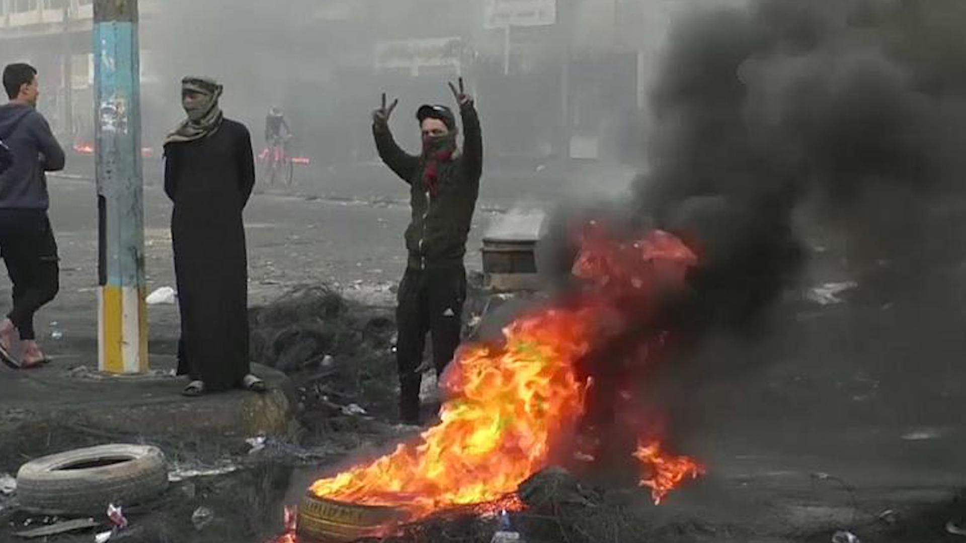 Photo of Li Iraqê xwepêşandan li 3 bajaran herî kêm 45 kesan jiyana xwe ji dest dan
