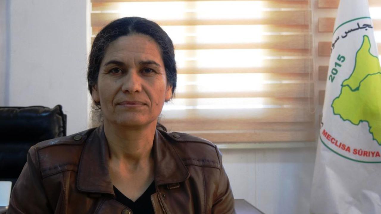 Photo of Hikumeta Swêdê ji Ilham Ehmed re: Em ê Rêveberiya Xweser beşdarî komîteya destûrî bikin