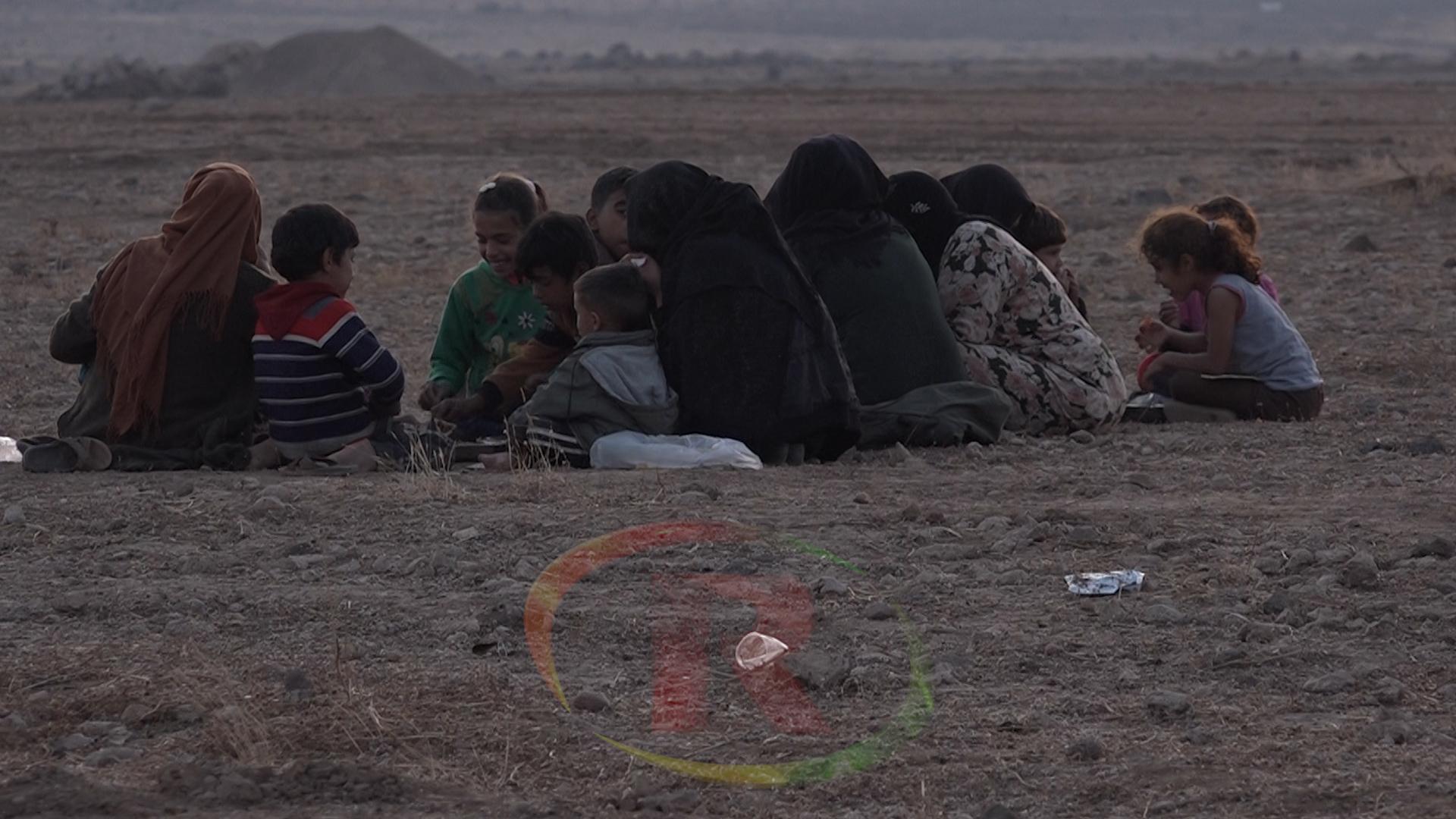 Photo of Çavdêriya Sûrî ya mafên mirovan: Xaça sor a Sûrî rê nade ny'î kampekê ji bo koçberan veke