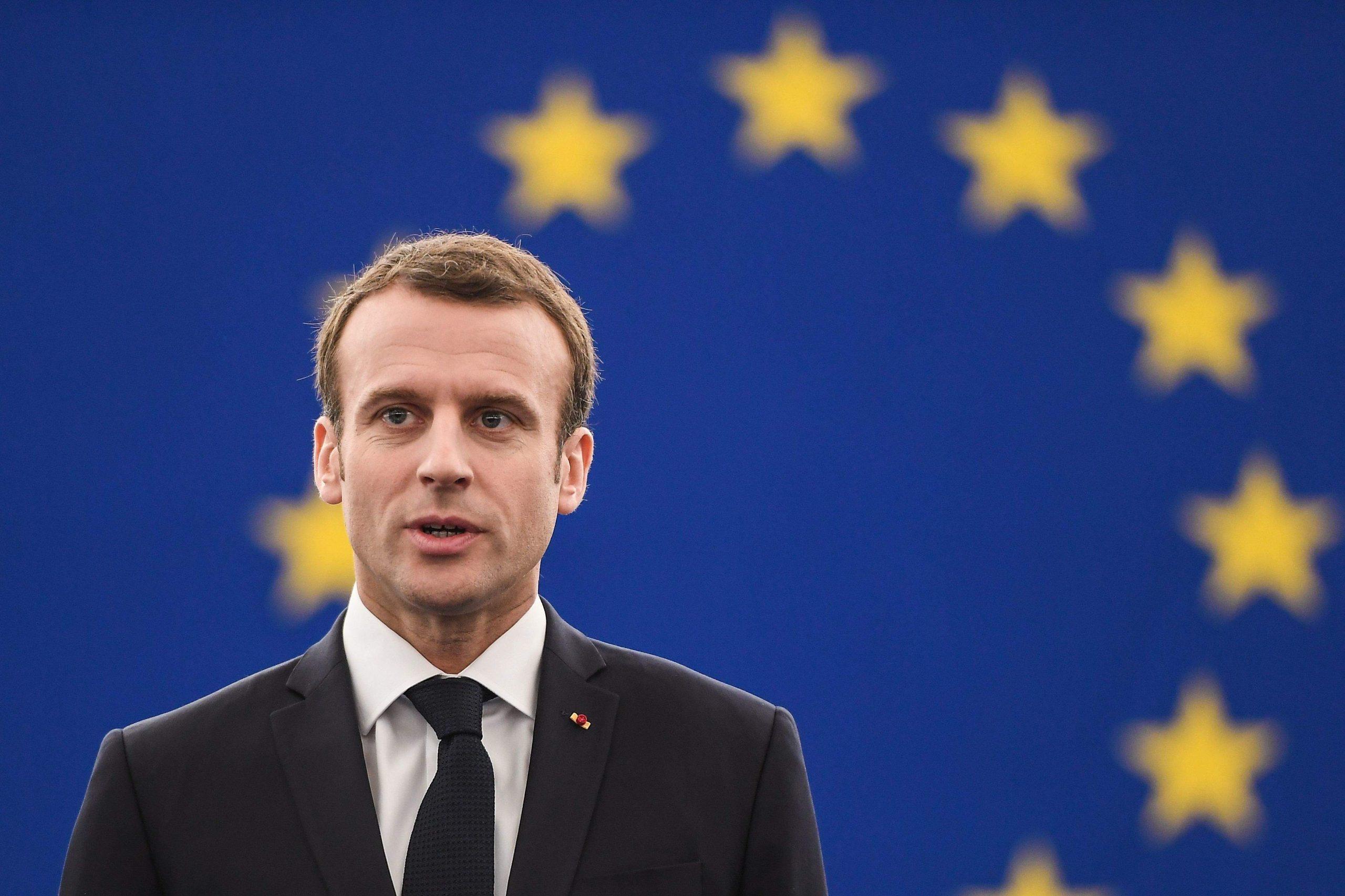 Photo of Emmanuel Macron: Nabe ku Tirkiye ji bo êrîşa li Sûrî ji Nato'yê alîkarî bixwaze