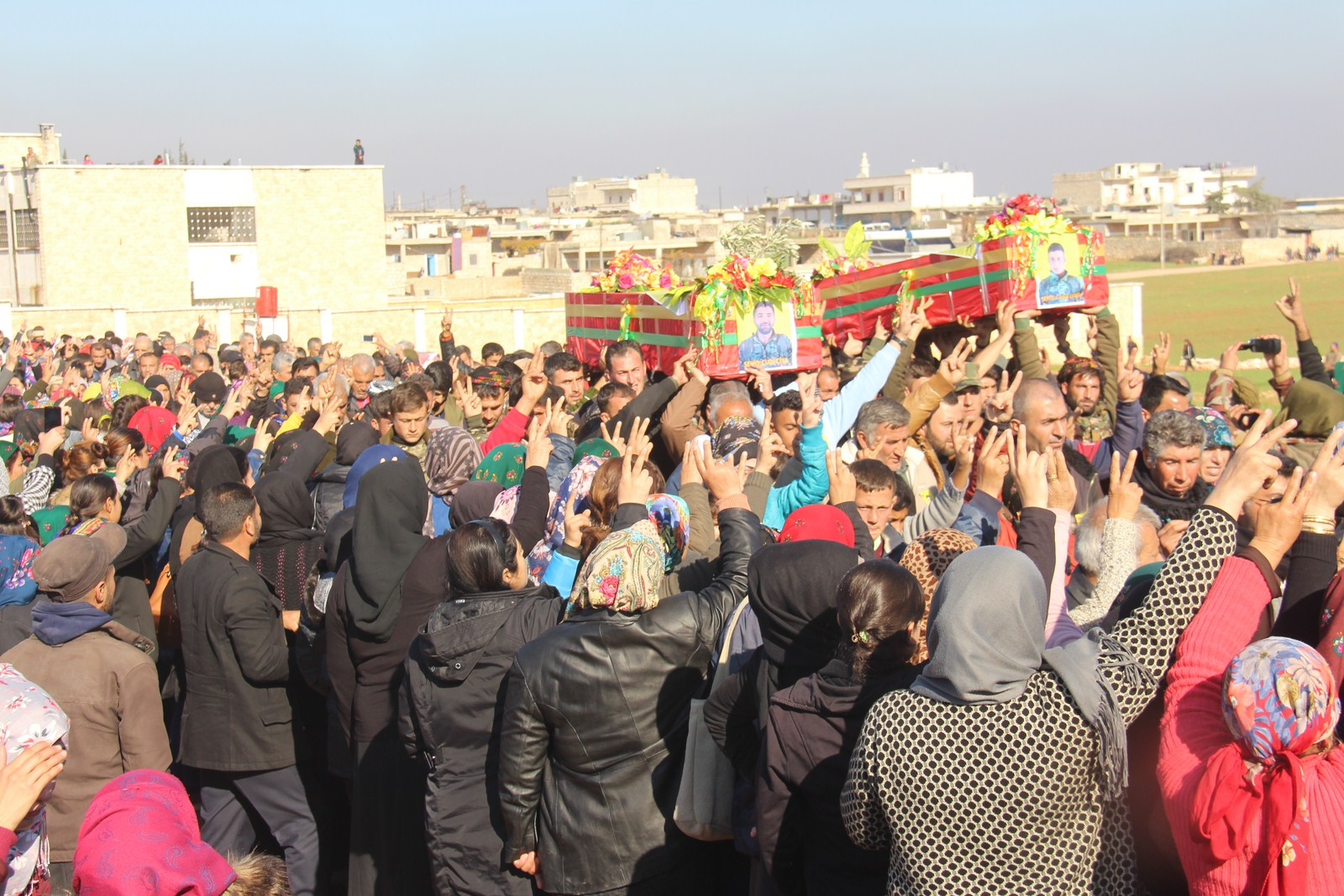 Photo of Şêniyên Efrînê yên Şehbayê 2 cangoriyên azadiyê oxir kirin