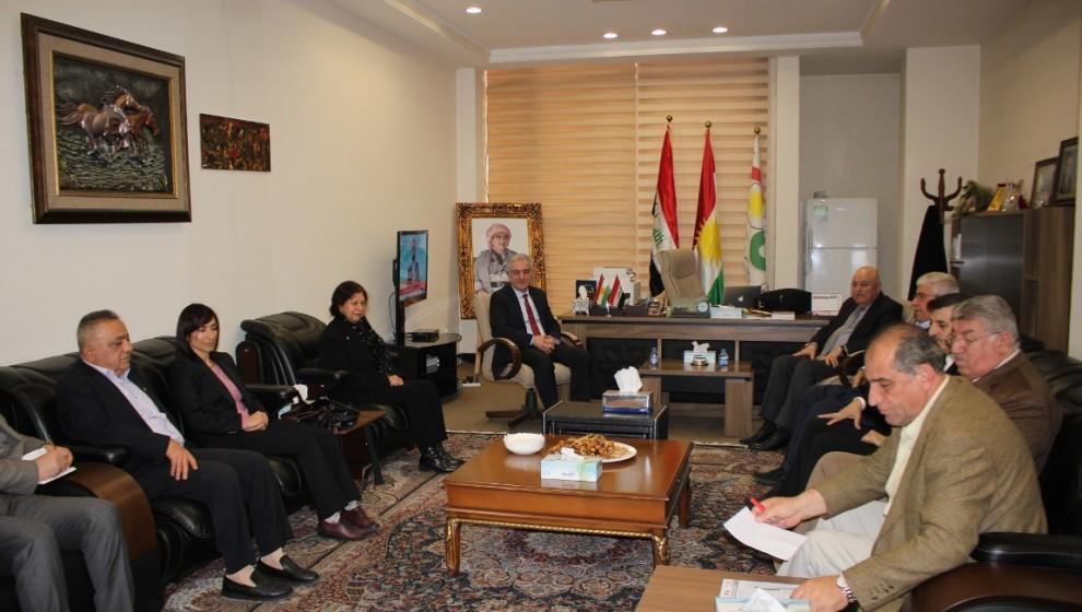 Photo of KNK'ê serdana yekîtiya parlamenterên Başûrê Kurdistanê kir