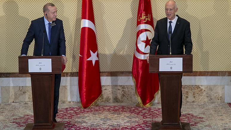 Photo of Serokkomarê dewleta Tirk ji nişka ve çû serdana Tunusê