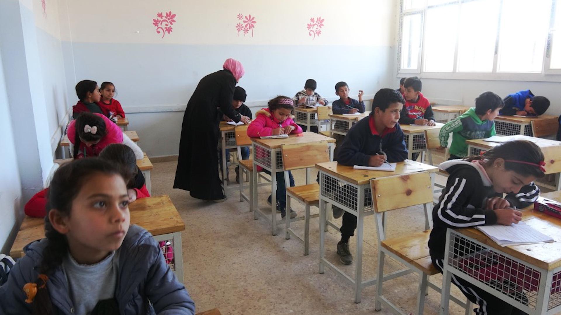 Photo of Li Eyn Îsayê 5 hezar xwendekar nikarin biçin dibistanê