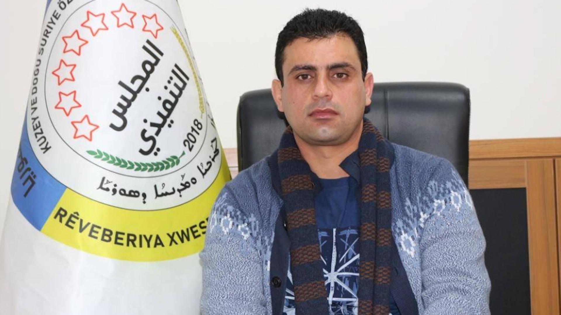 Photo of Enwer El-Muşrif:Eeger hemû gelê Sûriyê beşdar nebe, komîteya destûrî biser nakeve
