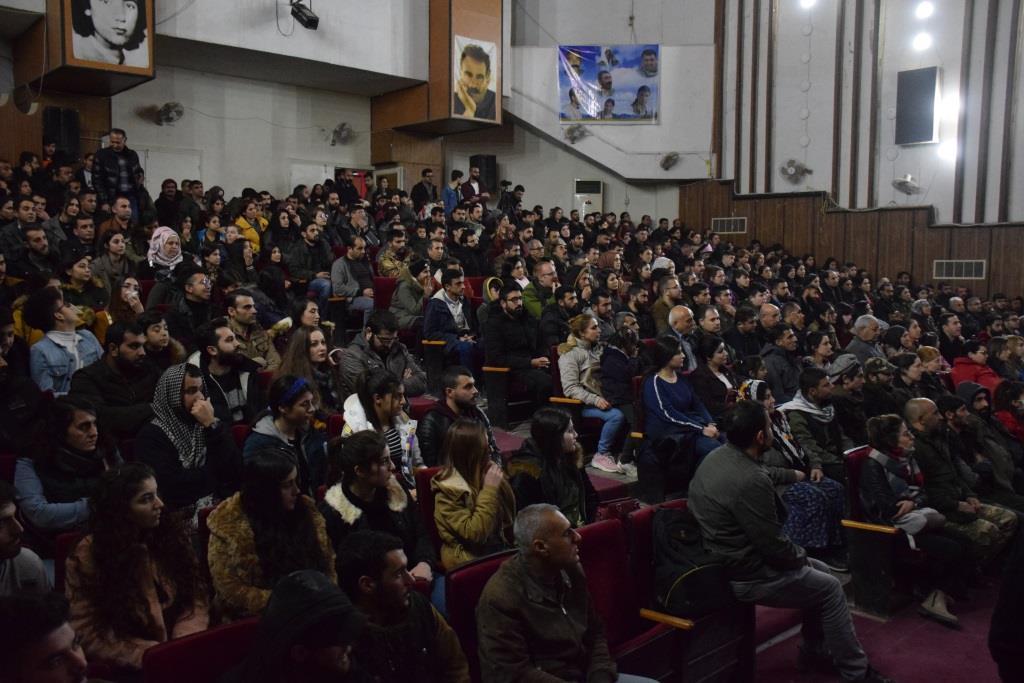 """Photo of Filmê """"Ji bo Azadiyê"""" li bajarê Qamişlo hat pêşandan"""