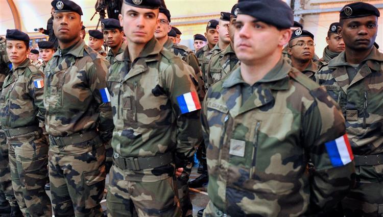 Photo of Wezîra hêzên çekdar a Fransayê: me parastina 160 leşkerên xwe yên li Iraqê xurt kir