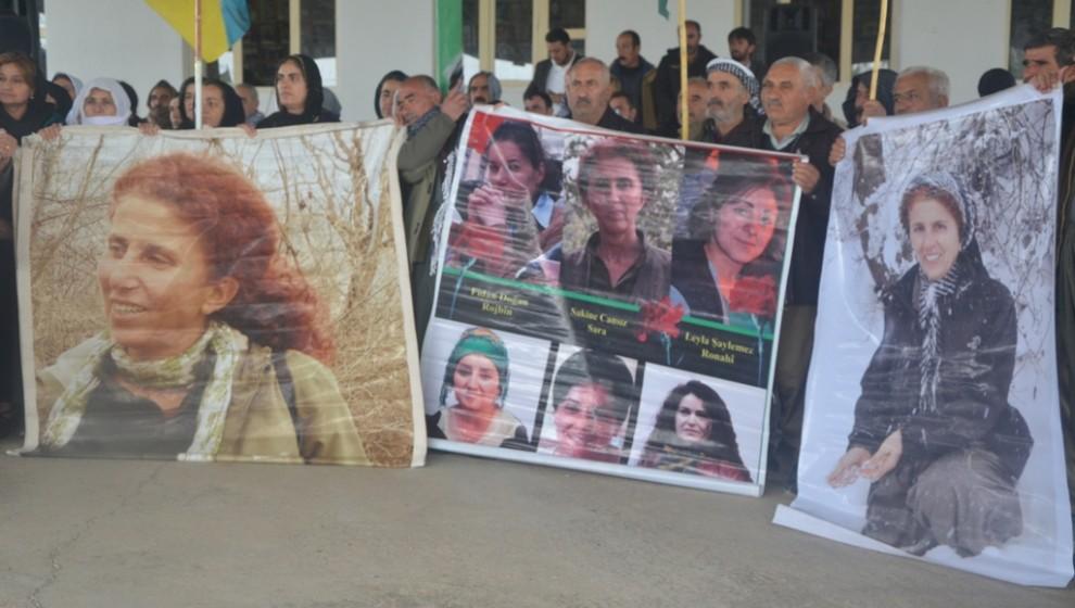 Photo of 7. Salvegera komkujiya Parîsê hersê jinên şoreşger li Mexmûrê hatin bi bîranîn