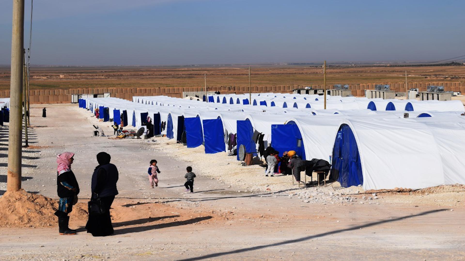 Photo of Kampa Koçberên Girê Spî ji ber kêmderfetiya li kampê, rewşa mirovî aloz dibe