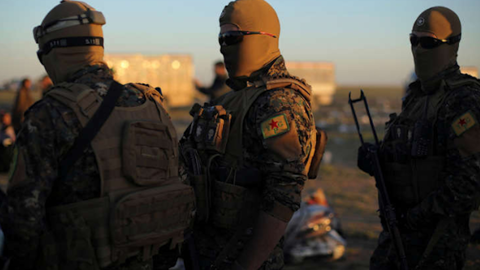 Photo of HAT malbateke DAIŞ'î ku ji Kampa Holê reviyabû, girt