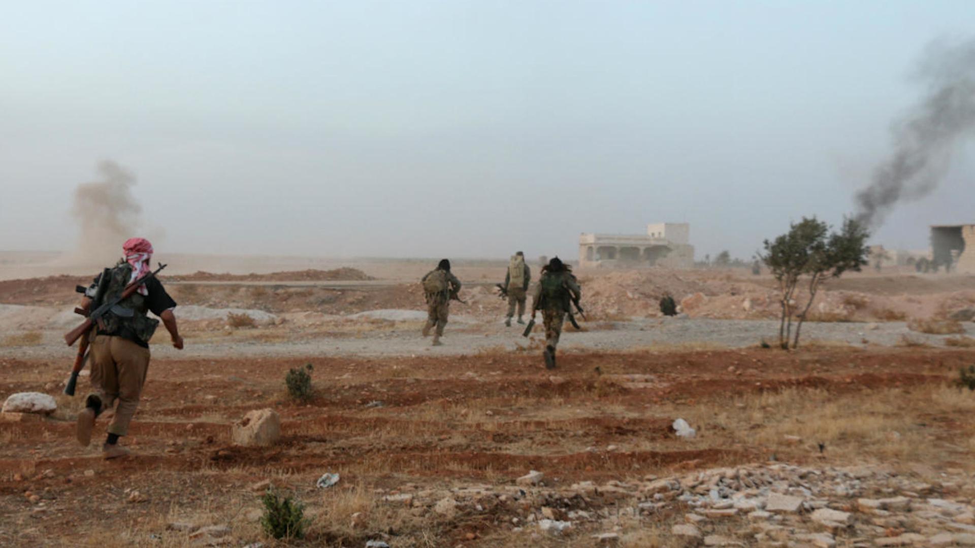 Photo of Komên çete êrîşî balafirgehên Idlibê kirin