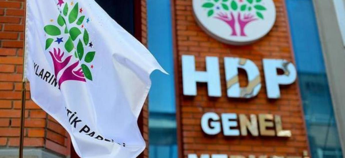 Photo of HDP: Ev êrîş ji bo tirsandina endam û gelê me pêk tên